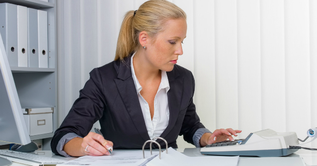 Katás vállalkozó partnerének adatszolgáltatási kötelezettsége