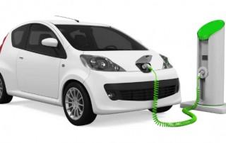 Egyéni vállalkozó hibrid autóval